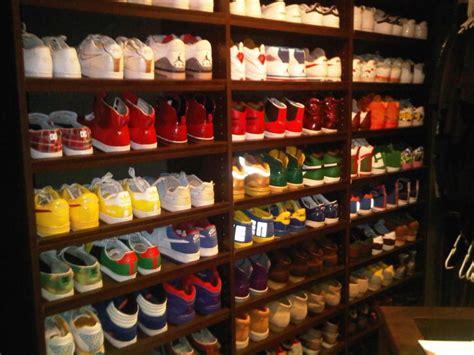 Michael Shoe Closet by Boring Michael Phelps Vs Lochte Markatlarge