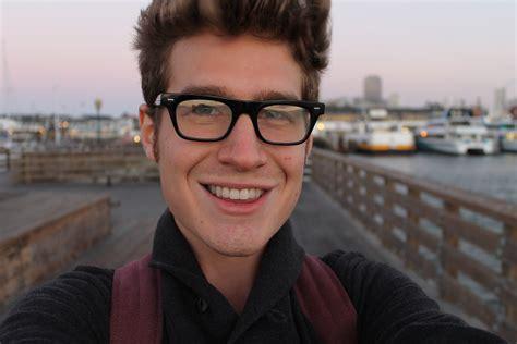 cute average guy selfie cute average guy selfie newhairstylesformen2014 com