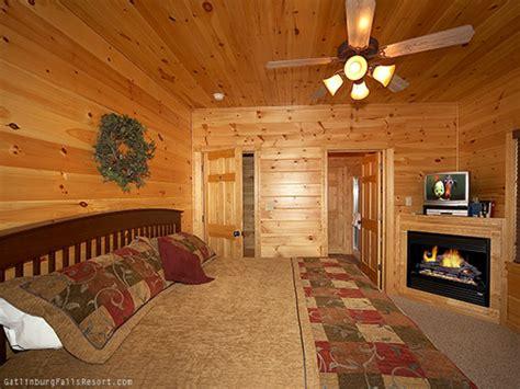 7 bedroom cabins in gatlinburg gatlinburg cabin 7th heaven 4 bedroom sleeps 14
