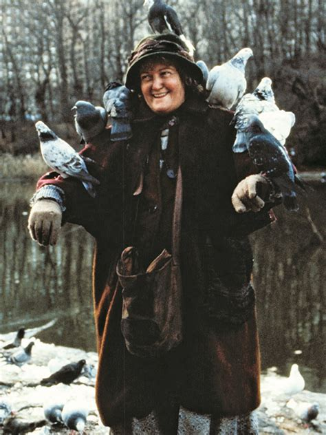 the pigeon from home alone 2 where is she now