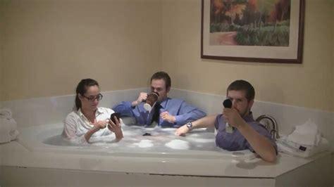 Wear In Bathtub by Rub A Dub Dub 3 Hosts In A Tub