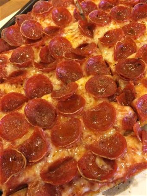 lunch buffet is just ok review of massey s pizza