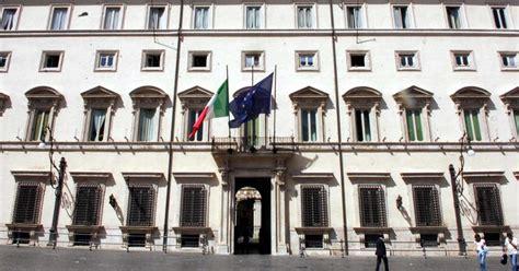 sede della presidenza consiglio dei ministri terremoto sospensione dei pagamenti fino al 16 gennaio