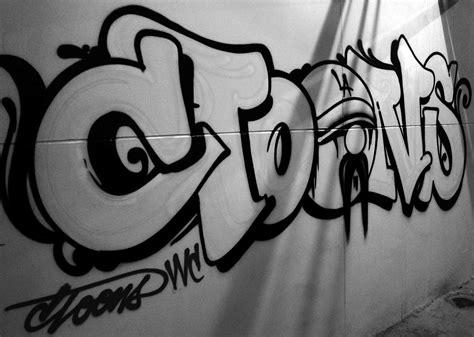 throw  thailand graffiti pinterest graffiti
