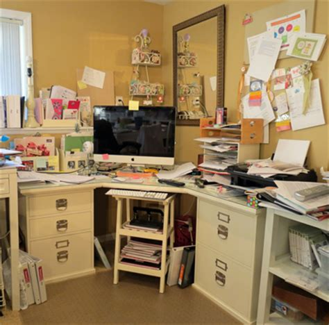 How To Organize A Small Desk How To Organize Your Stin Up Desk Chic N Scratch