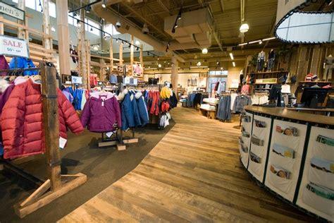 retail store display design l l bean custom design work