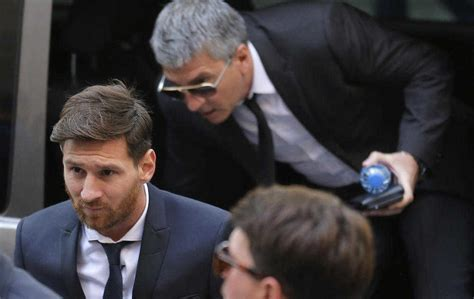 Messi Father Biography | barcelona s lionel messi appears in court with his father
