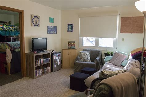 college apartments residence life luther college