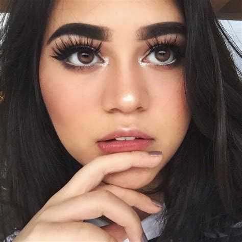 tutorial makeup sarah ayu welcome to my blogger rekomendasi youtube channel