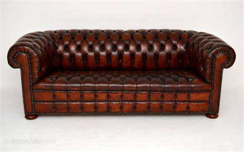 antique leather chesterfield sofa antique buttoned leather chesterfield sofa antiques
