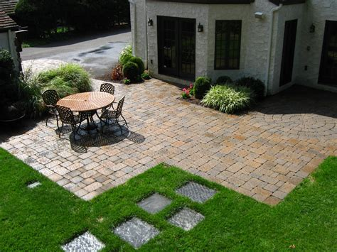Backyard Paver Patio Designs With Fire Pit Cheap Patio Paver Patio Cost Calculator