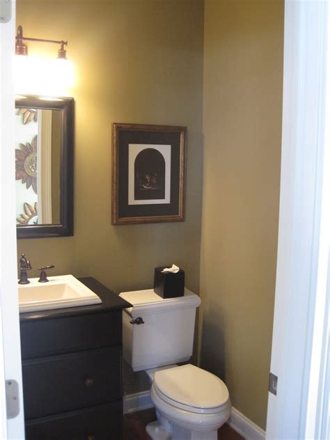 paint colors for a small powder room small room design small powder room decorating ideas