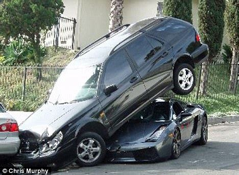 7 Lamborghinis In The Hollywood Hills by The Moment A 163 140 000 Lamborghini Parked Under Another Car