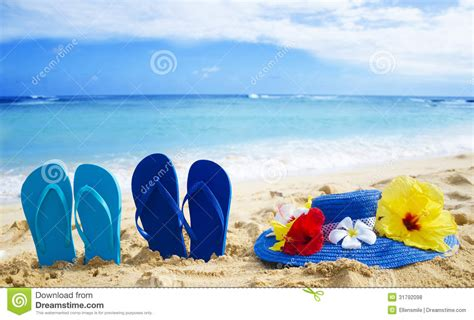 Nature Sandal Hawaii Sandals Sandals Tropical Sandals 1034 Flip Flops And Hat With Tropical Flowers On