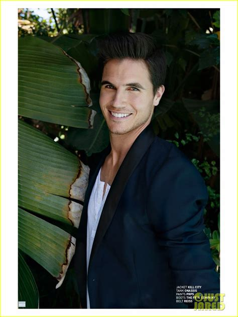 truboymodels robbie tbm robbie viewing pictures to pin on pinterest pin robbie amell shirtless scooby doo image search results