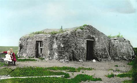 what is a sod house did early settlers make their homes out of sod