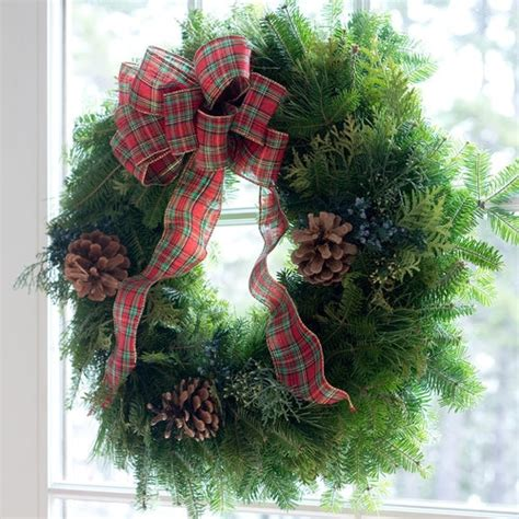 live xmas centerpieces fresh wreaths for front door table centerpieces live garland free