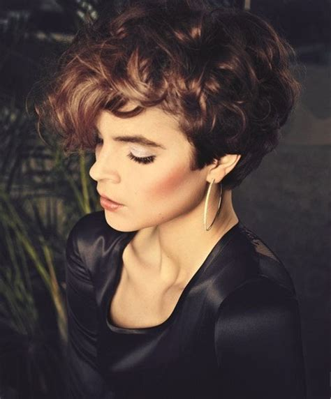 very short curly hairstyles pictures short curly hairstyles sultry sassy and sexy fave