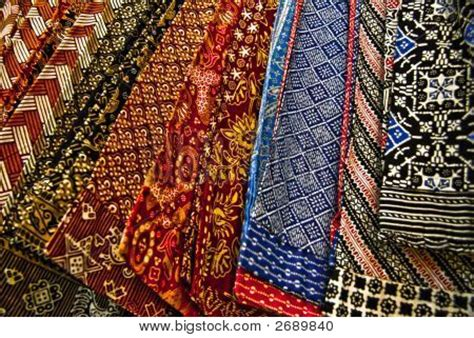 batik design exle picture or photo of indonesian traditional batik at the