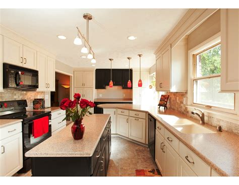 Small Galley Kitchen Designs 28 Kitchen Galley Kitchen Designs Small Small Galley Kitchen Traditional Kitchen New York