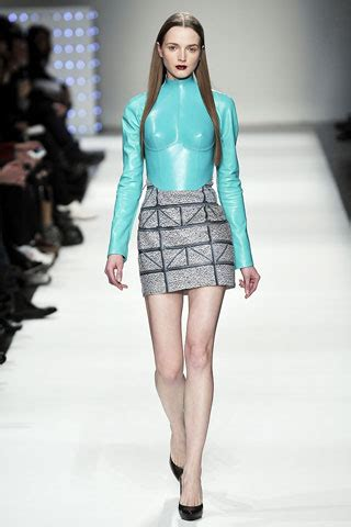 Hussein Chalayans Amazing Fashion And Technology Mix 2 by Structural Vs Statuesque Hussein Chalayan And Viktor