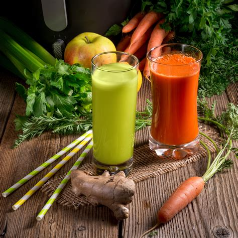 Smoothies Vs Juicing For Detox by Juicing Or Smoothies For Health Holistic Health Path