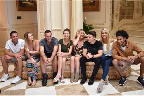 mtv house show siesta key cast responds to critics of new mtv show