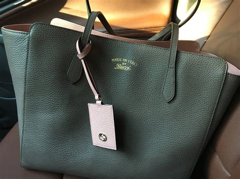 gucci swing bag gorgeous gucci bags straight from the arms of our