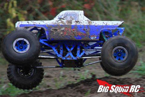 monster truck videos in mud custom rc mud trucks www pixshark com images galleries