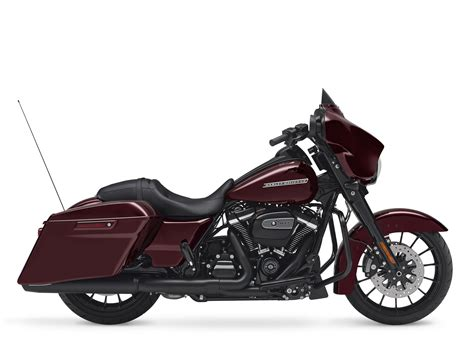 2018 Harley Davidson Street Glide Special Review