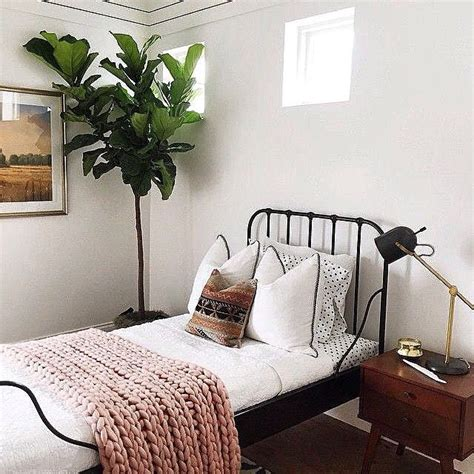Bedroom Without Bed Frame by 25 Best Ideas About Single Beds On Single Bedroom Single Beds For And Small