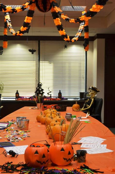 halloween decorating themes office top 15 office halloween themes and decorating ideas
