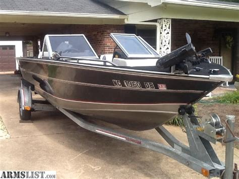 19 ft boat armslist for sale 19 ft spectrum aluminum fishing boat