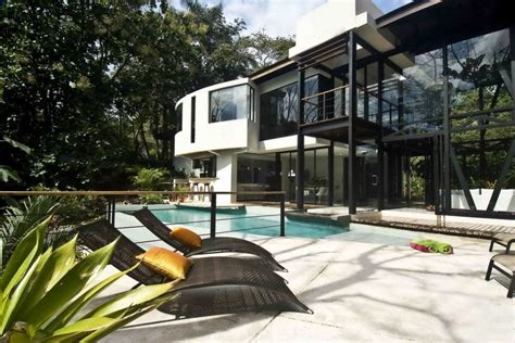 environmentally friendly luxury house  costa rica