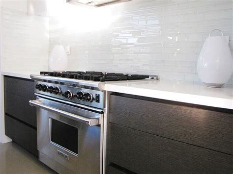 clear glass tile backsplash kitchen midcentury with