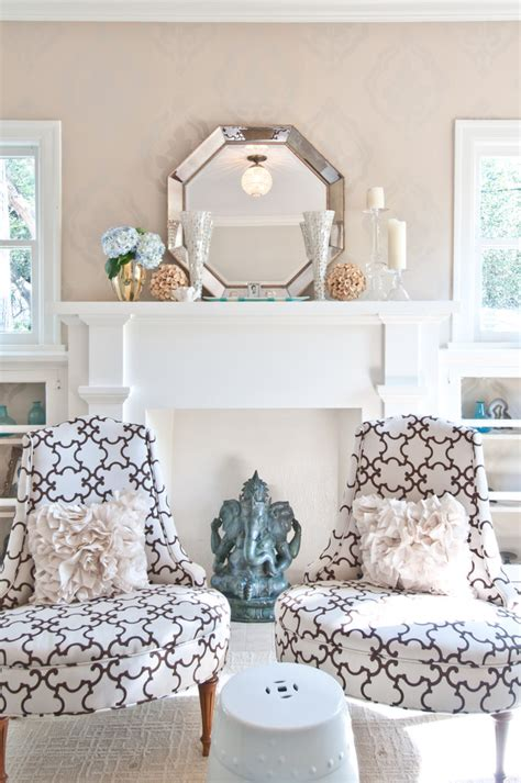 Living Room Mantel Decor by Magically Transform A Small Space With These 5 Creative