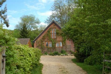 garden cottage much wenlock the owls house much wenlock self catering accommodation