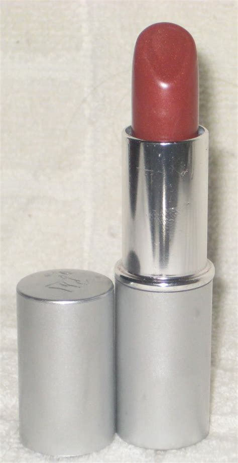 Low Lancome Color Fever Shine Lipstick by Lancome Color Fever Shine Lipcolour In Simmering