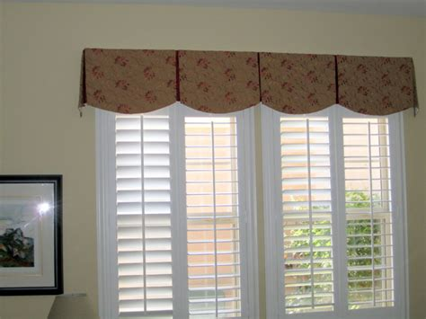 Curtain Box Valance Scalloped Box Pleat Valance Transitional Bedroom