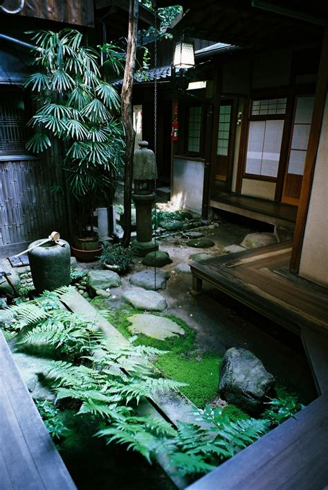 Japanese Patio Design 27 Calm Japanese Inspired Courtyard Ideas Digsdigs