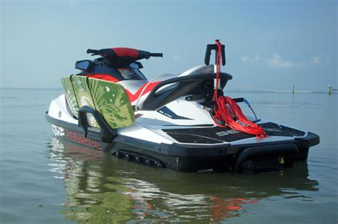 seadoo boat tricks sea doo and nike 6 0 squad produce new wakeskate videos