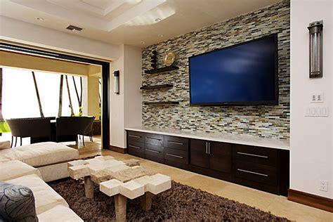 Living Room Wall Tiles by Halama Residence