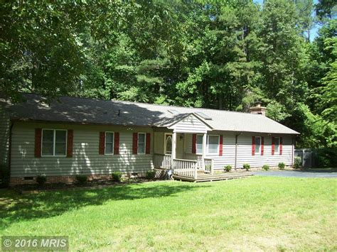 Caroline County Va Property Records 8 Lake Caroline Dr Ruther Glen Va 22546 Lhrmls