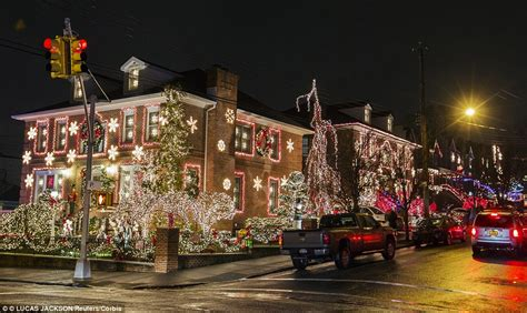 new york s most extravagant christmas lights are in