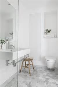 25 best ideas about grey white bathrooms on pinterest grey and white bathroom ideas bathroom design ideas and more