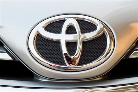 toyota stock symbol the robbie report toyota deal is a big win for now and