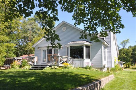 lake simcoe cottages for rent orillia cottage rental cottage rental ontario lake simcoe orillia twigs redroofinnmelvindale