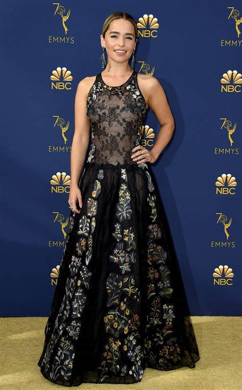 peter dinklage emmy 2018 game of thrones and peter dinklage win at the 2018 emmys