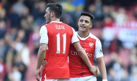 alexis sanchez contract news arsenal news alexis sanchez gives update on gunners