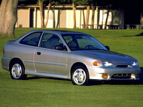 99 hyundai accent 1999 hyundai accent overview cars